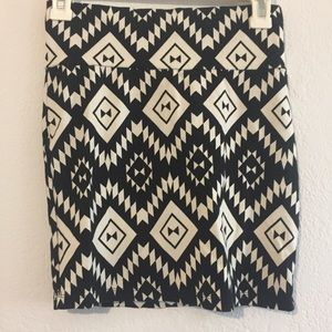 Charlotte Russe black and white printed mini skirt